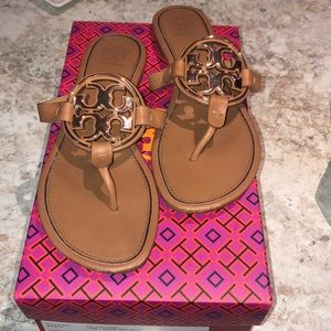 Metal logo Tory Burch Miller sandals